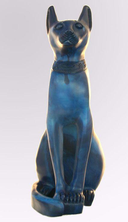 Chat Égyptien : Bastet En Bleu - 4.6Ko * Chat égyptien : Statue de Bastet en résine bleue.  * Taille : longueur =18 cm, largeur =30 cm, hauteur =41 cm