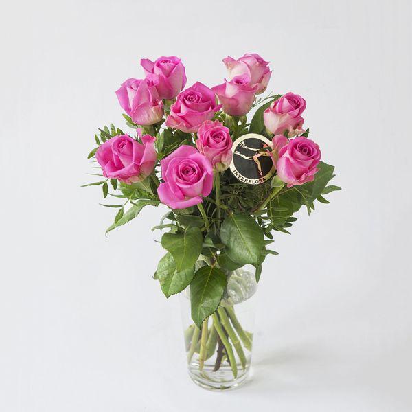 Rosebukett - sterke farger fra Interflora. Om denne nettbutikken: http://nettbutikknytt.no/interflora-no/