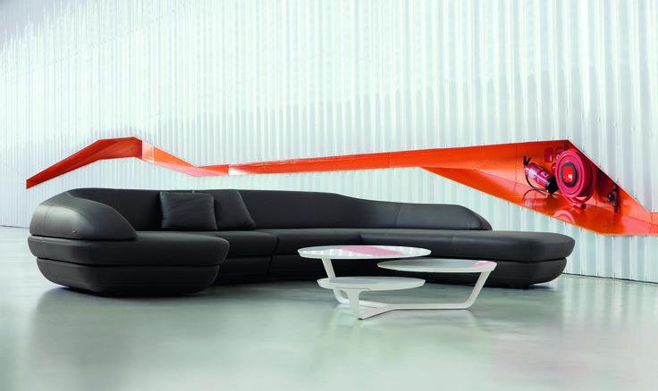 Roche bobois ora ito sofa and cocktail table design for Table ora ito
