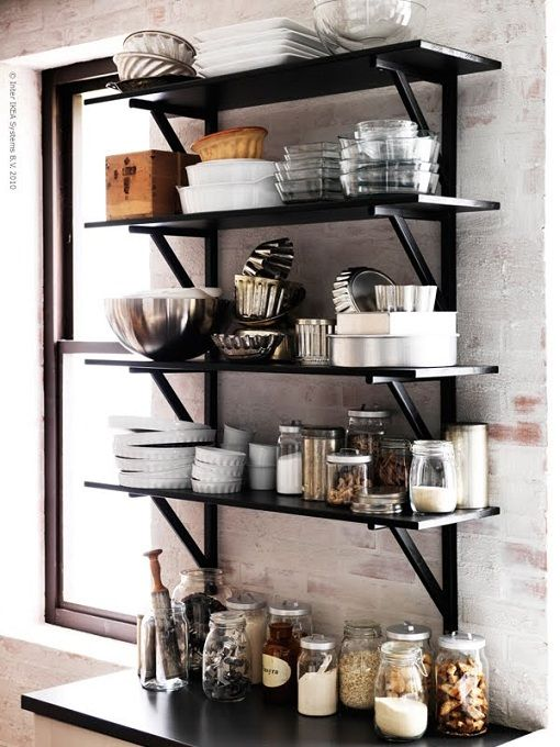 dark color open shelves (most of the kitchen open shelves I see are white)
