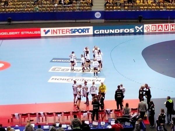 """Handball EM 2016: Deutschland dominierte Serbien. Zwei Matchbälle für Halbfinale » Handball EM 2016 Schweden - Hauptrunde:Deutschlands """"Ladies"""" mit  ..."""