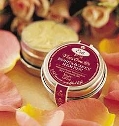 A rich all natural healing balm containing all organic &/or pure ingredients. For moisturising & treating delicate eye areas & lips or as a nourishing treat for nails and hands.  Manuka honey is powerfully healing containing active antibacterial components & aids in the healing of burns & wounds.   #Natural #handmade #rose #honey #remedy #Melbourne #Australia #Estaustralia Est Australia   http://www.estaustralia.com