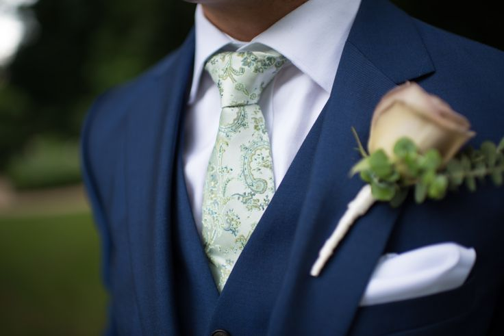 Groom Portrait / Wedding / Blue Suit / Green Tie / 3 Piece Blue Suit / Paisley Tie / Dusty Pink Rose / Rose Corsage (Elly Brown Photography)