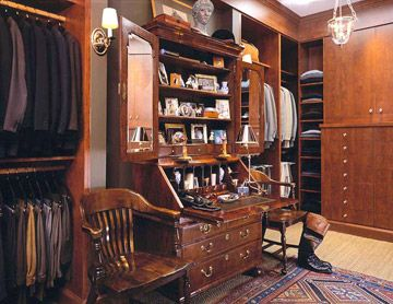 Men's Dressing Room and Valet - I just love this.