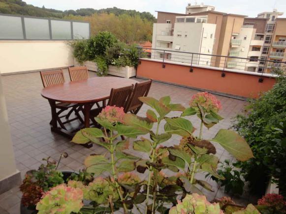 dsc02159 Pesaro - zona torraccia - attico in vendita