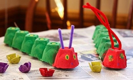 Over 50 fun and easy egg carton craft ideas for kids and preschoolers. Craft ideas for making fish, animals, flowers, caterpillars, etc., using foam or plastic egg cartons. Halloween, Christmas, more.