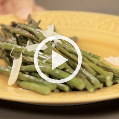 Asparagus Spears in Two Different Ways | That's Fresh with Helen Cavallo | Spoonful