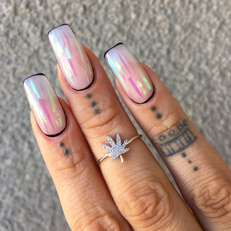 Fancy weed leaf Ring from www.shopstaywild.com