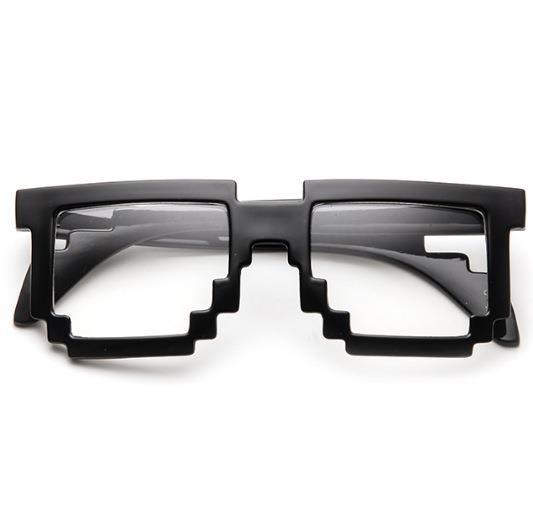 Pikselleşmiş gözlük:)  En ilginç günlük hayat ürünleri burada:  http://www.buldumbuldum.com/gunluk-hayat/