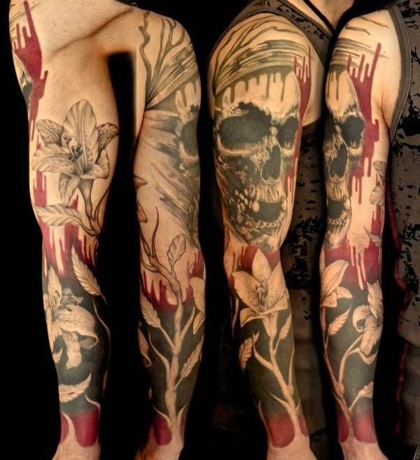 czaszka kwiaty tatuaże na ręce