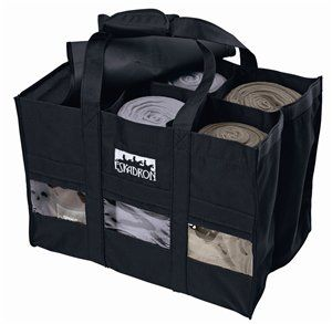 This Eskadron Bag is great to take to shows! Ensures that your polos, standing bandages, etc will not roll out. #eqessential