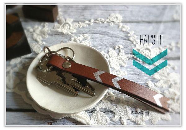 DIY - Chevron leather key chain. I'd love to do this minus the chevron design and cut, and add a clip to the other end.