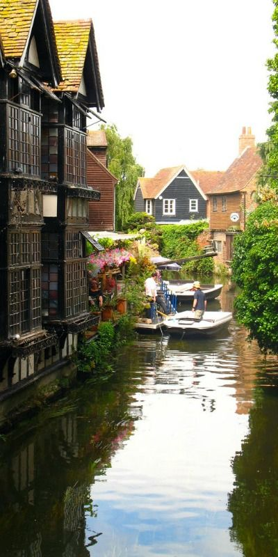 """Stour River in Canterbury, England. For more pics about water and canals, have a look of my board """"Waterways"""""""