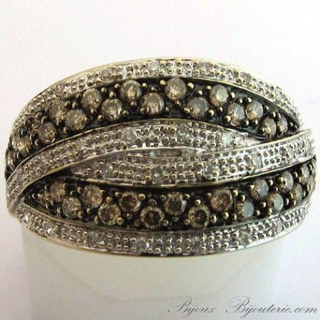 Bague croisée ornée de diamants bruns http://www.bijoux-bijouterie.com/bagues-diamants/1922-bague-croisee-ornee-de-diamants-bruns-1374.html #fiançailles #mariage #vintage