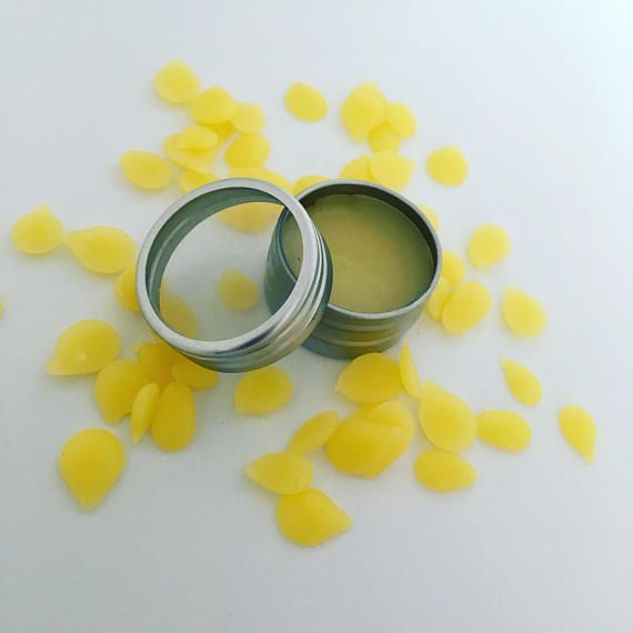 organic lip balm repairs sore lips nourishing moisturizing