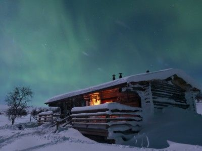 To truly experience Finland, you have to get out of the city. That is why Finns head to their cottages both winter and summer, and so should you! The winter brings its own unique activities to cottage life such as skiing, ice-swimming, sledding - all in the beautiful background of a blanket of snow and ice as far as the eye can see.