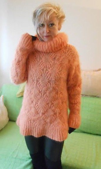 Hand Knit Mohair Sweater Peach Fuzzy Turtleneck Jumper Pullover Jersey #HandmadeMilevknitting