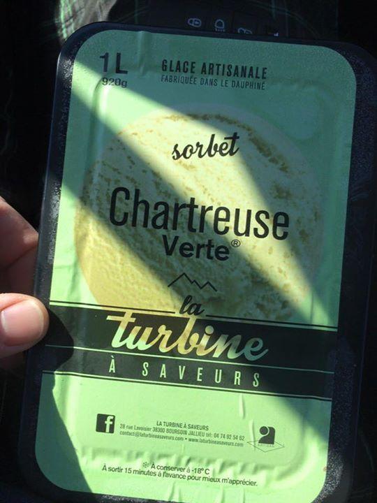 Avec ce beau temps on turbine au sorbet à la Chartreuse verte évidemment ! :)