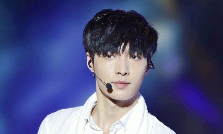 EXO Lay 2016: K-Pop Singer Reveals Why He Refuses To Film Kissing Scenes