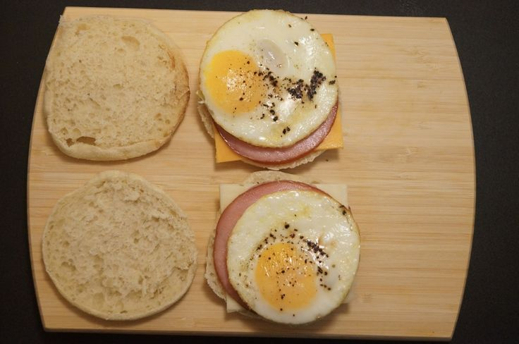 Weight Watchers Egg McMuffins  Points: 7 weight watchers points plus  Servings: 6  Serving Size: 1 sandwich  Nutritional Info: 266.7 calories, 3.1g of fat, 55.7g of carbohydrates, 6.5g of fiber, 9.7g of protein