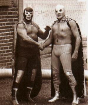 Los Luchadores- Santo y Blue Demon