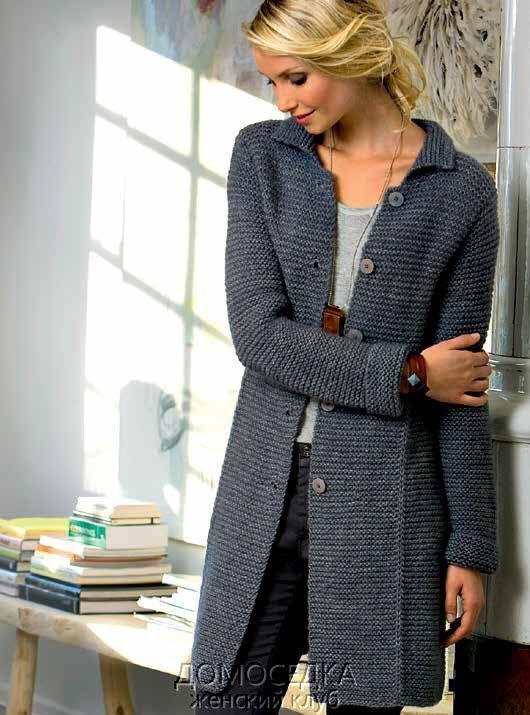 вязаное пальто платочной вязкой