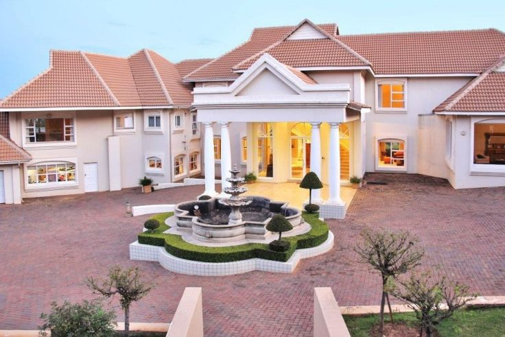 6 Bedroom house for sale in Mooikloof Equestrian Estate
