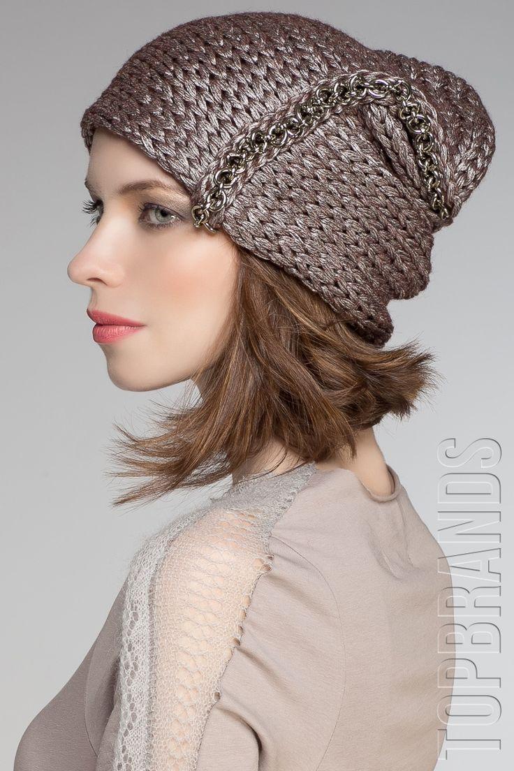 Женская шапка бренда JULIA SEREGINA smart knits фото