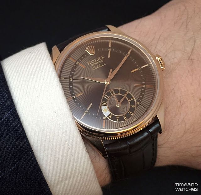 Rolex - Cellini Dual Time, ref.50525 - Self-winding, cal.3180, 4Hz, 42hr p.r., second hour hand, day/night indicator - 39mm, 18kt everose gold, brown guilloche dial ~13k