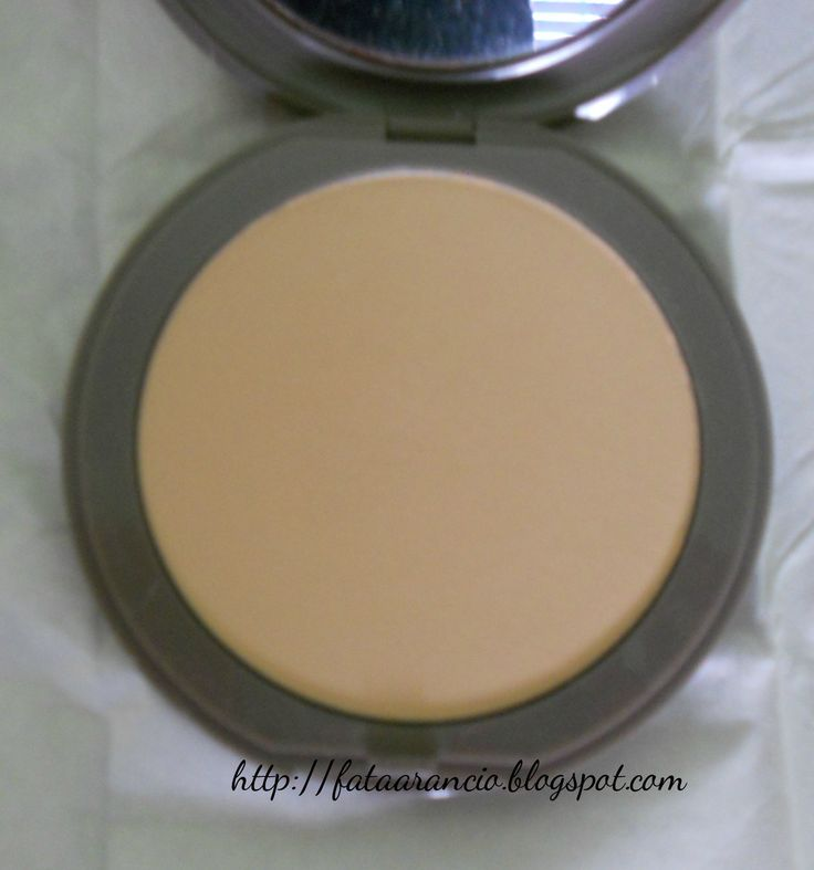 Neve Cosmetics-Fondotinta Flat Perfection #nevecosmetics