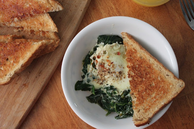 Poached Eggs with Spinach and Chives | Eat | Pinterest | Poached Eggs ...