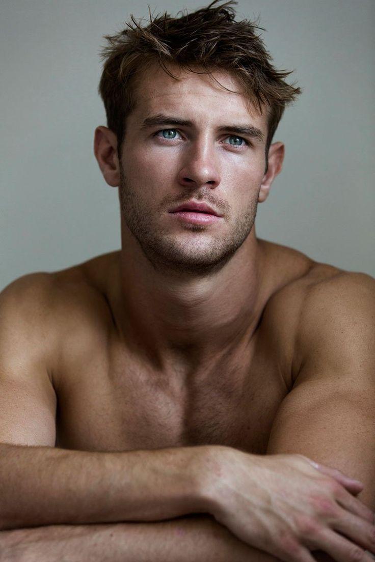 mature-blonde-cute-guys-blue-eyes-nude