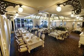 Bailey's Restaurant Winnipeg - Winter Garden Room (110 ppl)