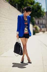 officially on the hunt for a royal blue blazer!!!