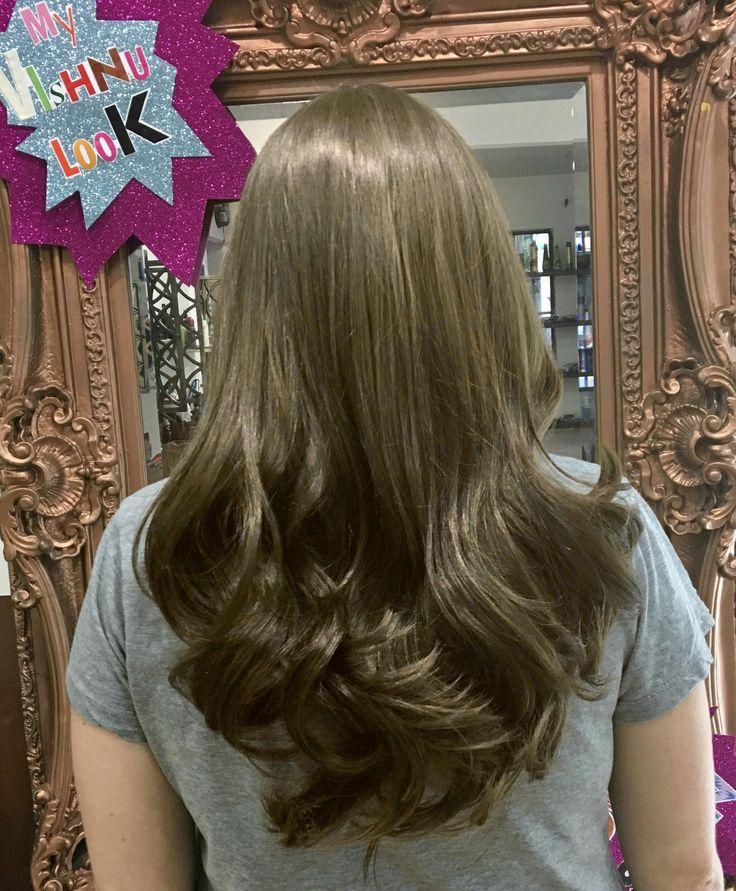 Que te parece un cambio de color de cabello a un tono de rubio cenizo? ¿te sumas a esta tendencia? Cambia de look! Tenemos variedad de tonos de rubios cenizos
