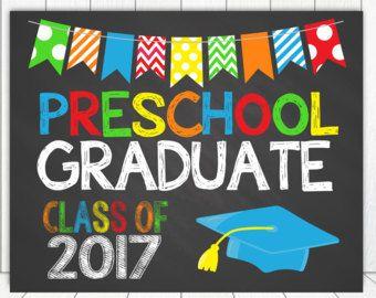 Preescolar preescolar graduación signo pizarra cartel foto