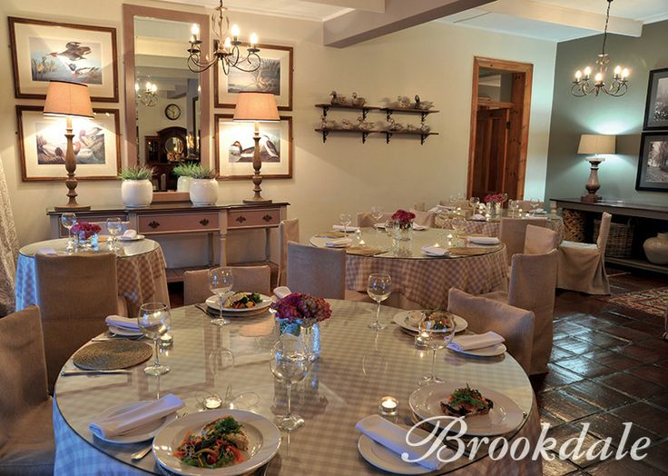 Dining at Brookdale Health Hydro