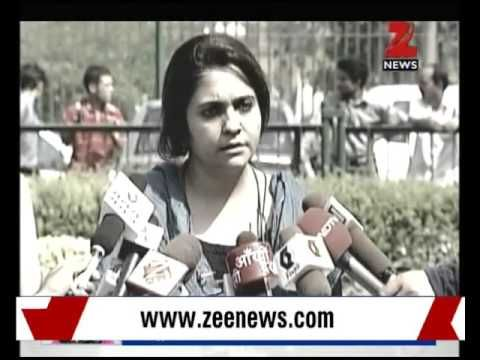 How Teesta Setalvad Made 2002 Gujarat Riot Victims Pay for Her Sanitary Napkins!