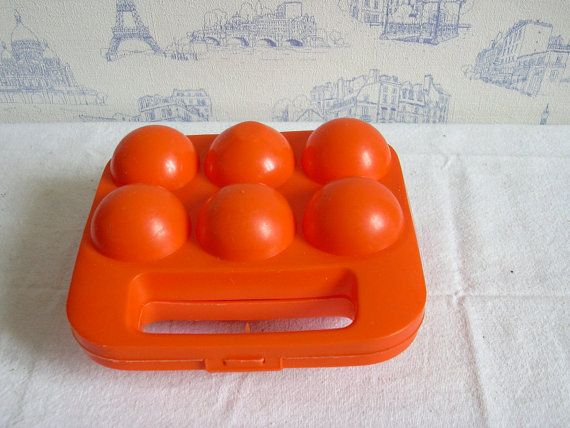 Vintage Orange eggs holder  eggs basket eggs by MyNiftyBrocante, €11.00