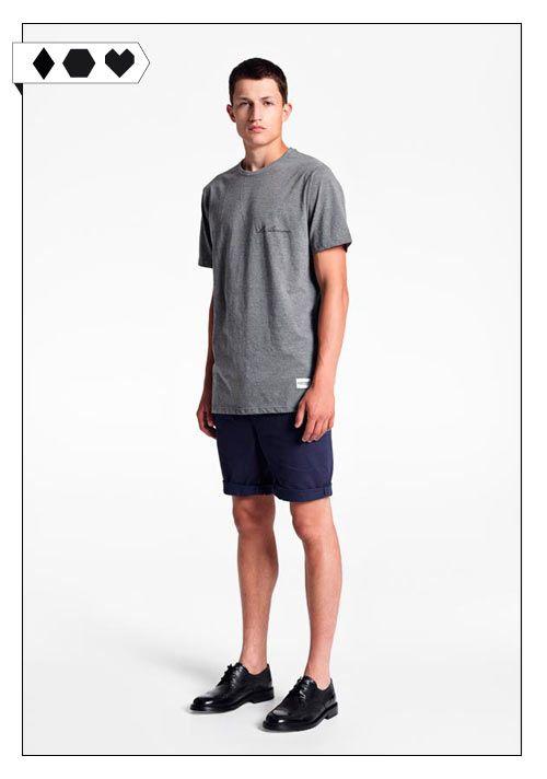 Mr Awesome Crew Neck T-Shirt (A Question Of): 100% Organic Cotton. Fair hergestellt in der Türkei. VEGAN/ECO/SOCIAL/ *45€*