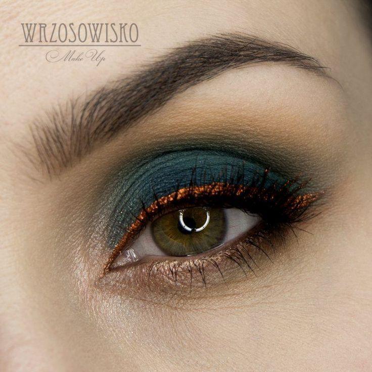 Teal & copper Makeup Tutorial by Wrzosowisko. Makeup Geek Eyeshadow in Chickadee and Peacock. Makeup Geek Pigment in Vegas Lights.