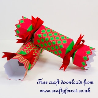 free printable christmas cracker shaped gift boxes or table favours from. Black Bedroom Furniture Sets. Home Design Ideas