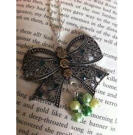 Steampunk Elegant Bow Necklace.