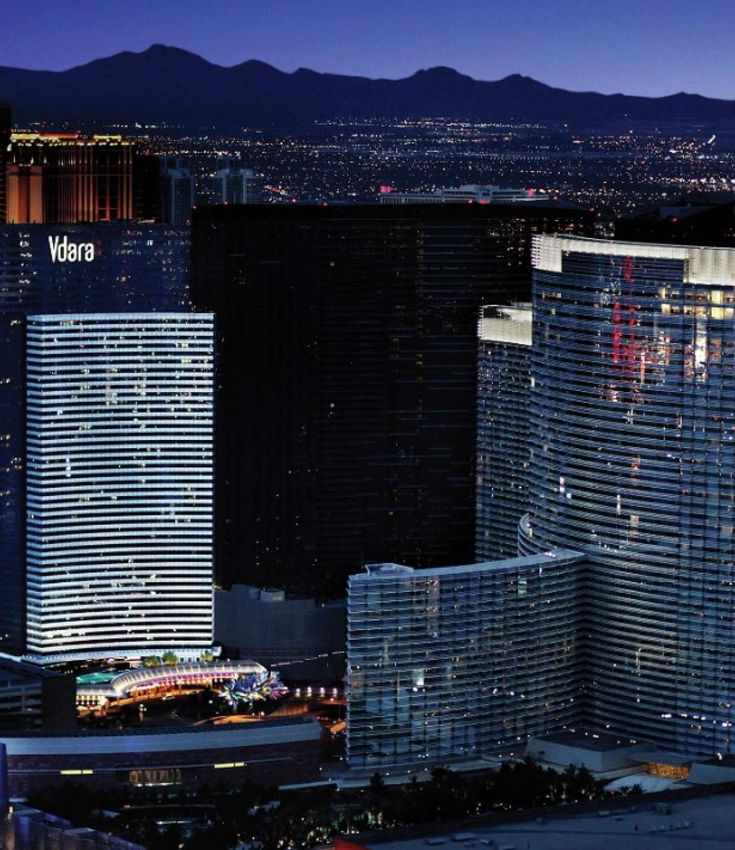Vdara Hotel & Spa is conveniently located  right in the heart of the Las Vegas Strip offering a stylish setting, modern amenities and exceptional service.