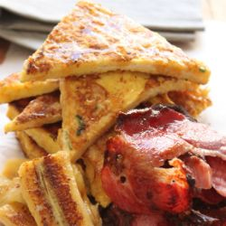 French toast with bacon and fried banana | Food24