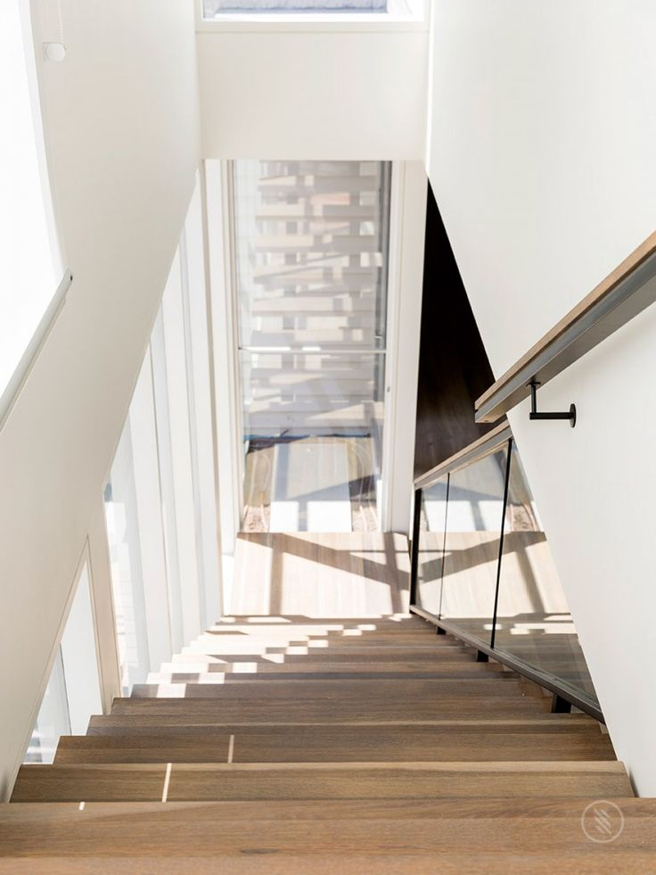 1000 Ideas About Glass Stair Railing On Pinterest Glass
