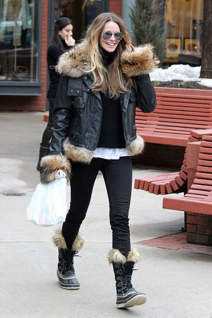 Just after the East Coast was hit with a huge blizzard, I came across this photo of Elle Macpherson in Sorelboots. While I did my best to look cute while trudging through snow up to my knees on the unshoveled sidewalks of my neighborhood yesterday,