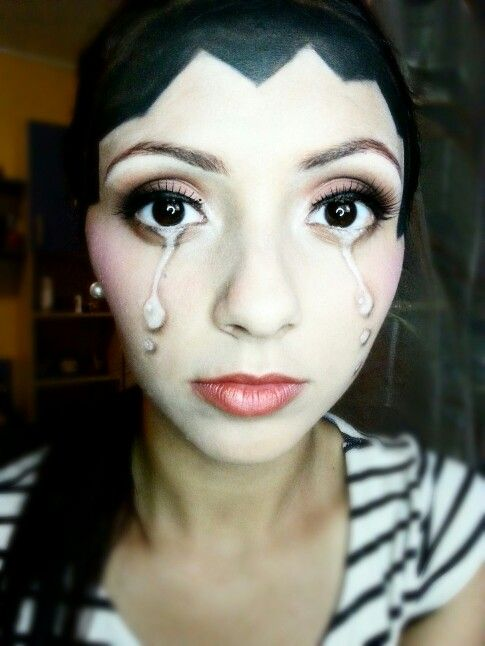 Crying make-up