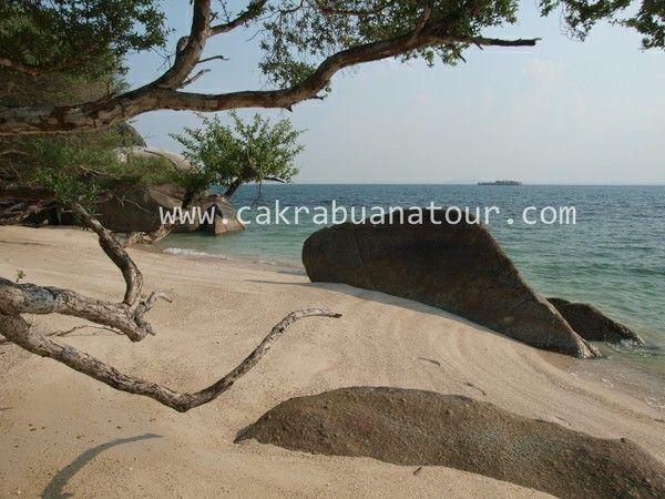 Objek wisata pulau putri belinyu kabupaten bangka propinsi bangka belitung www.cakrabuanatour.com #wisatabangkabelitung #wisatabangka #bangkabelitungtour #pakettourbangkabelitung