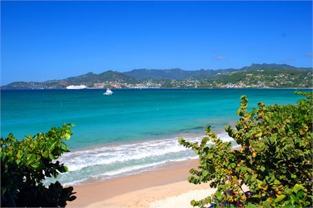Grenada is surrounded by lush beaches and oceans. Take advantage of these spots for the perfect honeymoon memories.  #honeymoon #Caribbean